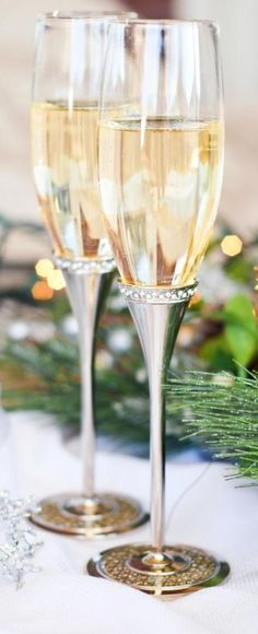 Merry Christmas Darling - Cheers!  #LadyLuxuryDesigns