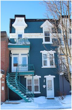 Could you want anything more than a teal house with turquoise steps? I thought not. Thank you Montreal for this beauty!