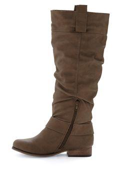 nice, flat-ish boot