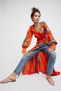 Spring Boho outfits means cozy, chic & comfy spring & summer dresses. If you love boho dresses, then these Spring & summer outfits are your best bet! Boho Outfits, Spring Outfits, Fashion Outfits, Kimono Fashion, Boho Fashion, Look Kimono, Dress Over Jeans, Böhmisches Outfit, Outfit Ideas