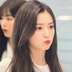 Red Velvet Photoshoot, Kim Yerim, Red Velvet Irene, Just Girl Things, Girl Cakes, Pics Art, Seulgi, S Pic, Korean Singer