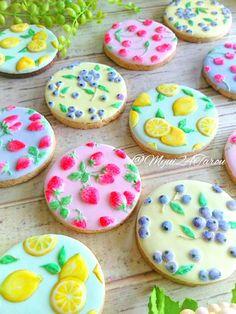 Fruit Pattern Cookies - Another View Fruit Cookies, Iced Cookies, Easter Cookies, Royal Icing Cookies, Cupcake Cookies, Cookies Et Biscuits, Lemon Sugar Cookies, Cupcakes, Summer Cookies