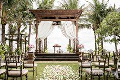 Wedding location: Taman Bhagawan, Nusa Dua, Bali Photographed by: Iwan Wedding organizer: Botanica Weddings Bali Wedding, Wedding Venues, Gazebo, Pergola, Villa, Cool Photos, Amazing Photos, Wedding Photography, Outdoor Structures