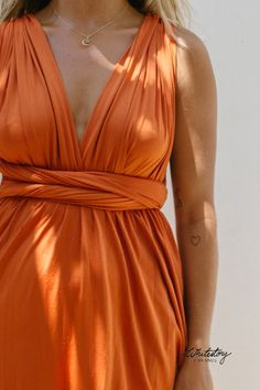 Whitestory & Friends own wrap dress in rust-red w/ separate top. Perfect as a bridesmaid dress. Shipping worldwide Tailor Scissors, Suits You, Body Shapes, Different Styles, Style Guides, Separate, Rust, Wrap Dress, Bridesmaid Dresses