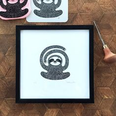 ▲ Relaxed Sloth is a limited edition (100) piece of art made by Viktoria Åström. This picture is hand printed using a hand carved stamp. ▲ The Sloth is a stamp that I have carved by hand in rubber and then pressed on the paper by hand with high quality pigment inks. You can see this