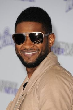 Usher, something about his voice just gets me every time! <3