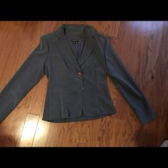 Gray blazer Cute gray blazer. Excellent condition. Is size m but fits a small too. .... Like new..........................Tags ( for views only) : Coach, Tory Burch , hollister, Abercrombie, American  eagle,    Uggs, loft, j crew, express, Aldo, etienne aigner, Michael kors, Louis Vuitton, Steve Madden, Ralph Lauren, Charlotte Russe, banana republic, forever 21, dressy, casual, business, work XOXO Jackets & Coats Blazers