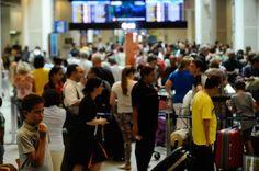 Aeroportos aumentam revista de passageiros que vão para os Estados Unidos - http://po.st/JXqpG8  #Setores - #Embarque, #Eua, #Voos