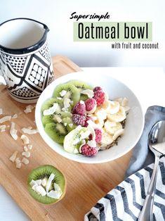 ✄ EASY OVERNIGHT OATMEAL BOWL #DIY #recipe #fruit #breakfast #food Overnight Oatmeal, Diy Recipe, Diy Food, Coconut, Dinner, Fruit, Eat, Breakfast, Ethnic Recipes