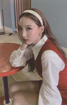 Yoona, Snsd, Kpop Girl Groups, Korean Girl Groups, Kpop Girls, Twice Jyp, Twice Once, Twice Album, Nayeon Twice