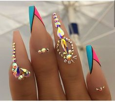Nail art has become one of the best extras you could add … Snowflake Nail Design. Nail art has become one of the best extras you could add to your look. Glam Nails, Dope Nails, Bling Nails, Stiletto Nails, Coffin Nails, Fun Nails, Bling Nail Art, Nail Art Rhinestones, Rhinestone Nails