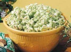 St. Patrick's Day Popcorn...green popcorn..yeah baby!!  sw☺