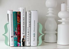 Bracket bookend, mint green