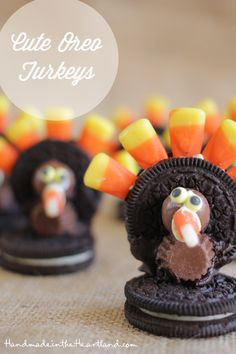 Oreo Turkeys / 23 Clever Crafts To Keep The Kids Busy On Thanksgiving (via BuzzFeed)