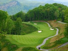 A golfer's paradise! The most beautiful golf course in the mountains!
