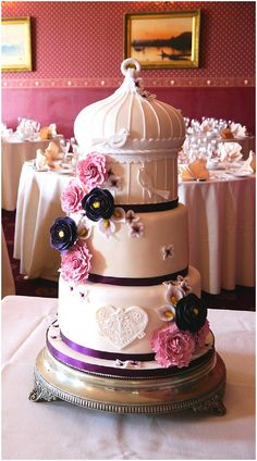 Pink birdcake wedding cake from Cakes by Beth on French Wedding Style
