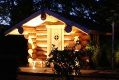 Boomstam sauna Cabins, Den, Bird, House Styles, Outdoor Decor, Home Decor, Homemade Home Decor, Cottages, Birds