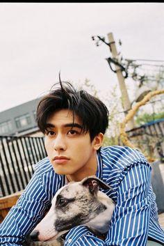 Asian Men Hairstyle, Asian Hair, Male Stories, Song Wei Long, Hot Korean Guys, Cute Actors, Kpop Guys, Kdrama Actors, Asian Actors