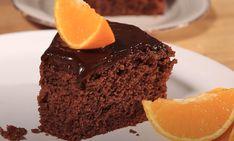 Πολύ νόστιμη συνταγή για κέικ με πορτοκάλι και σοκολάτα, που γίνεται πολύ γρήγορα! Η συνταγή είναι από το κανάλι Dimitris Michailidis Υλικά 1 μέτριο πορτοκάλι 3 αυγά 280 γρ. ζάχαρη 200 γρ. βούτυρο σε θερμοκρασία δωματίου και κομμένο σε κύβους 100 γρ. Greek Desserts, Food And Drink, Bakken