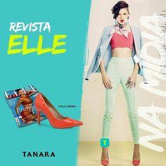 Um scarpin LINDO da Tanara marcou presença na @ellebrasil desse mês!  Quem mais é apaixonada pelas cores vibrantes do verão?  #clipping #tanaranamidia