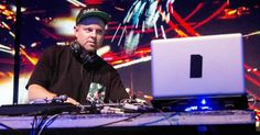 DJ Shadow Selling Rare Records at Madlib Event #headphones #music #headphones