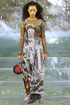 Fendi Fall 2016 Couture Fashion Show - Selena Forrest
