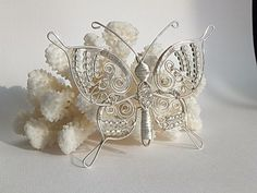 Beautiful Butterfly {Wire & Seed Beads}