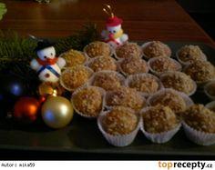 Medové kuličky-Marlenka Czech Recipes, Russian Recipes, Christmas Goodies, Christmas Baking, Pizza Bites, Kids Meals, Ham, Cake Recipes, Muffin