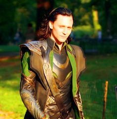 Tom Hiddleson, Loki, The god of mischief //the sun adores this beautiful being.