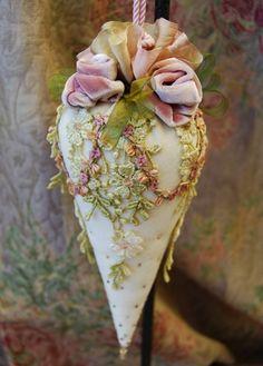 Pretty Victorian Tassel~❥