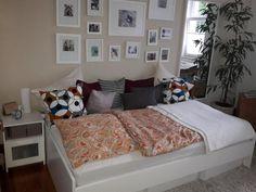 Dieses Schone Schlafzimmer Befindet Sich In Einer Wohnung In