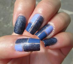 Blue geometrical skittlette manicure made with glossy and sugar effect nail polishes - photo © Pedrìnails