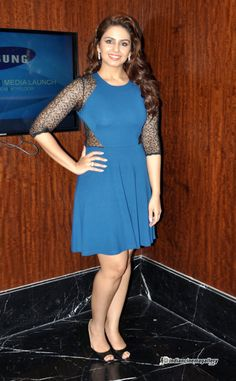 Huma-Qureshi--Launch-Samsung-Galaxy-Grand-2-(9)