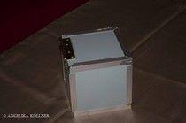 Bild 1 Das ist die Devils Toy Box. Im Grunde nur ein einfacher Kasten.   Oder doch mehr als das? Ist die Devils Toy Box eine Geister- oder Dämonenfalle? Oder gar ein Portal in andere Dimensionen?