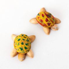 Make cute walnut and Pistachio shell turtles #recycling #crafts