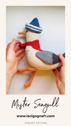 Mister Seagull crochet pattern - Amigurumi seagull toy - Nautical home decor - LaCigogne design #lacigognefr Crochet Bear Patterns, Crochet Animal Amigurumi, Amigurumi Toys, Crochet Animals, Amigurumi Patterns, Crochet Ideas, Crochet Gifts, Cute Crochet, Crochet Toys