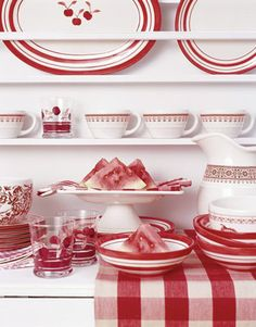red decor – Country Design Home