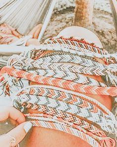Cute Friendship Bracelets, Cute Bracelets, Summer Bracelets, Aesthetic Backgrounds, Aesthetic Wallpapers, Aesthetic Iphone Wallpaper, Peach Aesthetic, Summer Aesthetic, Whats Wallpaper