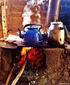 Turkish Coffee and Tea Country Life, Country Living, Coffee Time, Tea Time, Eco Construction, Turkish Tea, Design Jardin, Farm Life, Tea Set