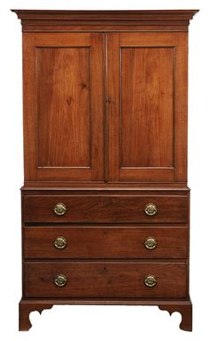American Federal walnut linen press, possibly Maryland, late 18th century.