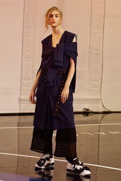 http://www.vogue.com/fashion-shows/pre-fall-2017/public-school/slideshow/collection