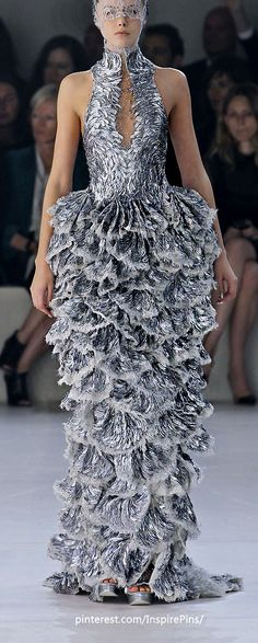Now this is how to make an entrance... Alexander McQueen - Paris Spring 2012