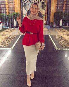Love it Glamorous - Pemuja Wanita Hijab Fashion Summer, Modest Fashion Hijab, Modern Hijab Fashion, Modesty Fashion, Hijab Fashion Inspiration, Islamic Fashion, Muslim Fashion, Skirt Fashion, Hijab Chic