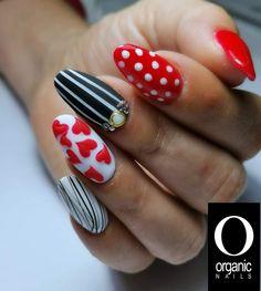 Alecia Moore, Beauty Nails