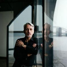 Sergey Sarananov – balcony-photoshoot – # С … - All About Balcony Business Portrait, Corporate Portrait, Corporate Headshots, Business Photos, Business Headshots, Portrait Photography Men, Portrait Poses, Man Portrait, Photography 101
