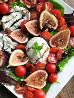 A whole new level of Burrata Salad. This balsamic Burrata Fig Salad is so delicious, you will make it over and over again. Fig Salad, Burrata Salad, Burrata Cheese, Fig Recipes, Cooking Recipes, Crepe Recipes, Waffle Recipes, Burger Recipes, Burrata Recipe