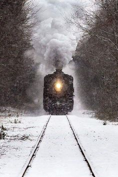 Essex Steam Train passing through Deep River Connecticut during a snowstorm. Winter Train by Johnathan Steele. Reminds me of the Polar Express Diesel, Bonde, Train Pictures, Old Trains, Steam Locomotive, Train Tracks, Winter Scenes, Belle Photo, Wyoming