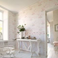 Living Walls Decorative Floral Print Wallpaper for sale online Romantic Shabby Chic, Shabby Chic Style, Floral Print Wallpaper, Painted Furniture, Home Furniture, Wallpaper For Sale, Shabby Chic Wall Decor, Loft House, Cottage Living