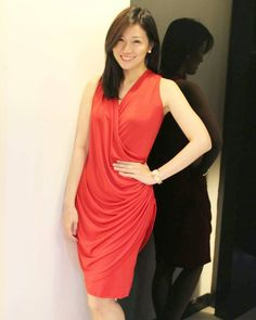 Miss Chinese Cosmos Southeast Asia 2014 Frances Cham spotted in a beautiful dress for a special Valentine's Day ChinatownTV episode! Valentine Special, Tube Dress, Southeast Asia, Cosmos, Cool Style, Fashion Dresses, Cocktail, High Neck Dress, Chinese