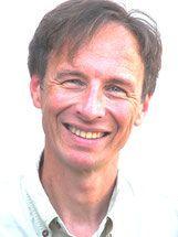 Mag. Lutz Mossbauer, Inhaber von yogamed